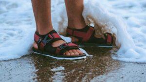 Tips memilih sandal pria
